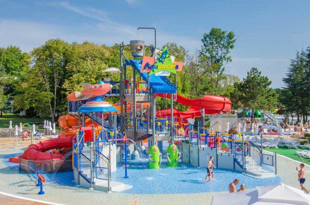 aqua park aquamania albena sectiune copii
